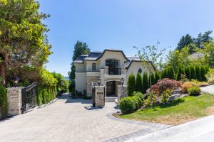 Mathers_Ave_-_2579_West_Vancouver_-_Homes_by_Valentino_-_1